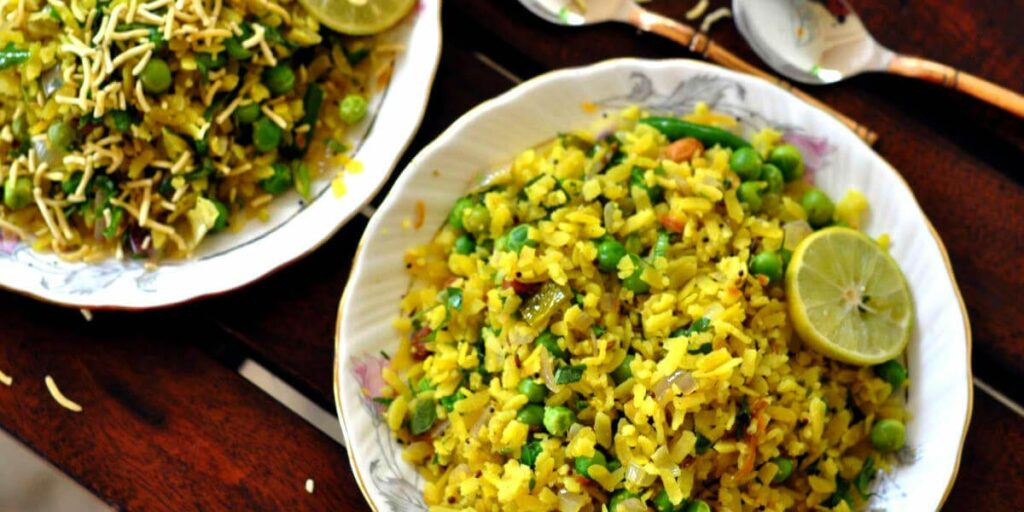 Matar poha helps to lose belly fat