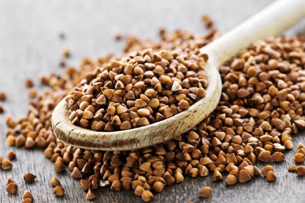 bowl of buckwheat grain